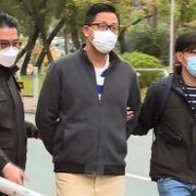 Titalls opposisjonelle pågrepet i Hongkong