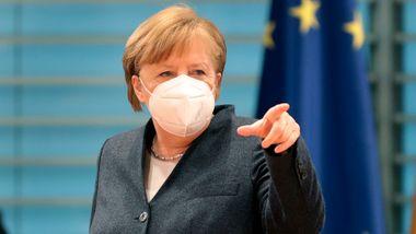 Merkel: Må forberede oss på vaksinasjon i flere år