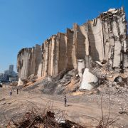 Ruinene står igjen – 200 mennesker er borte