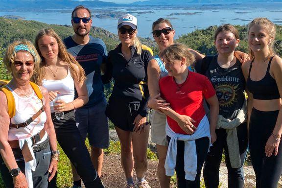 Kongefamilien avsluttet ferien i Lofoten