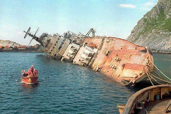Fikk russisk skipsvrak i skjærgården. – Frykter det verste når de nå skal slepe et helt atomkraftverk