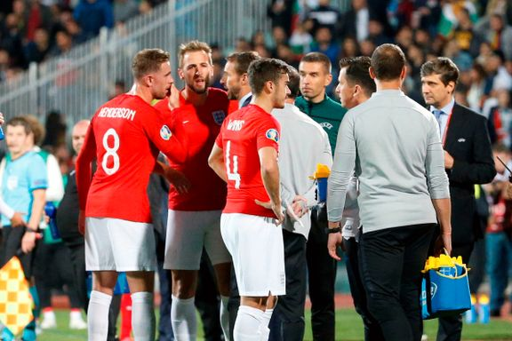 Bulgarias statsminister krever fotballpresidentens avgang etter rasismeskandalen