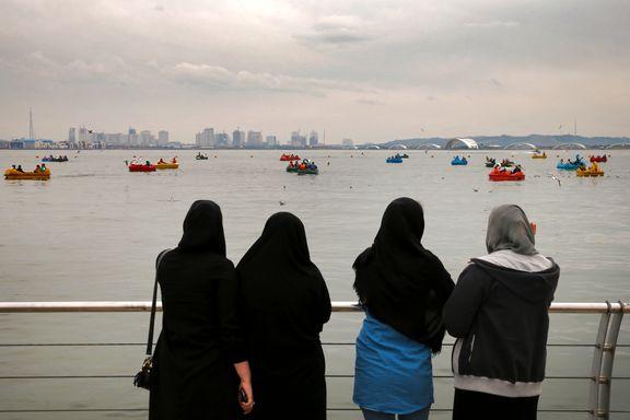 Kvinner som blir tatt uten hodesjal, sendes på kurs