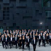 Hør hundre musikere i isolasjon spille et spesialskrevet verk