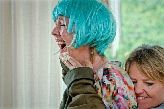 Prisbelønnet kortfilm om frykten for å miste en venn: «Kvinner & Cava»