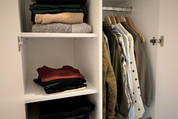 I Kristines garderobe er det under 40 plagg. Klærne kan byttes ut hver tredje måned.