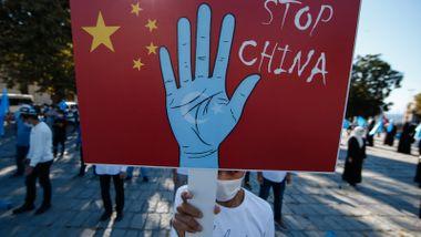 Bidens folk bruker F-ordet mot Kina. Det setter Norge i en vanskelig skvis.