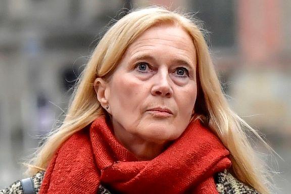 Krever at Svenska Akademien forsørger henne som poet for å gå av