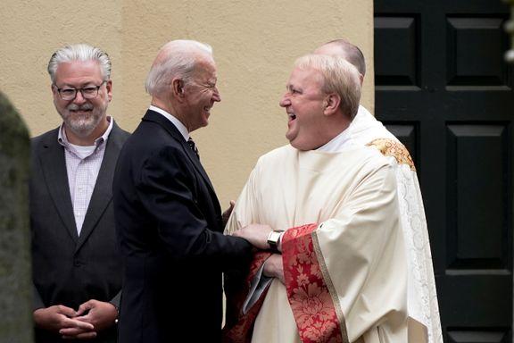Søndager flest går Biden i kirken. Nå venter kjeft fra biskopene.