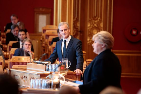 Erna Solberg holder grepet om velgerne