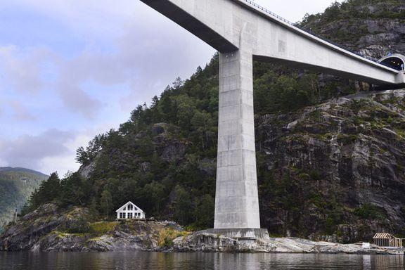 Dei har Norges høgaste bru som nabo
