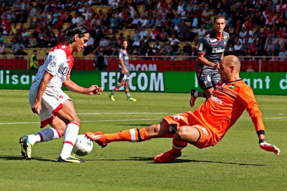 Falcao sendte Monaco til topps