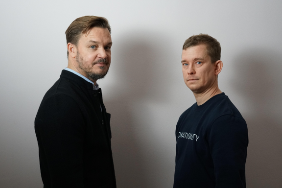 Hvorfor har disse to svenskene så mange norske fans? Podkast-suksessen ligger i detaljene.