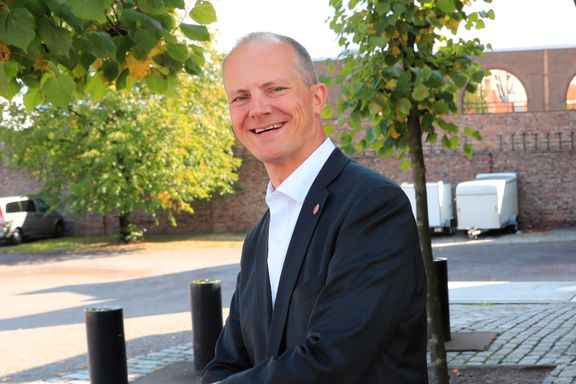 Søviknes og Solvik-Olsen ut av Regjeringen - to nye inn - Dale får ny ministerpost