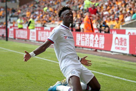Abraham herjet for Chelsea – nå er han toppscorer i Premier League