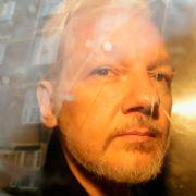 Frykter at spiontiltale mot Assange vil skremme kilder og hindre kritisk journalistikk
