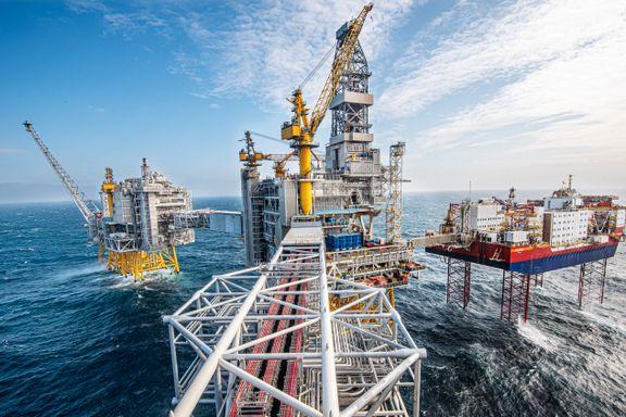Oljeskatten strammes til. Her er åtte punkter som forklarer saken.