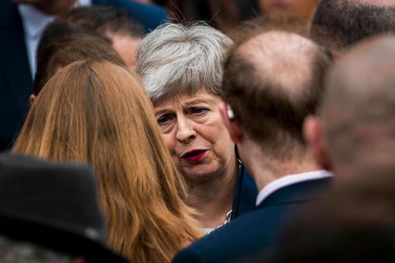 Brexit-pausen er over. Nå kan Theresa May vente seg en dobbel valg-massakre.