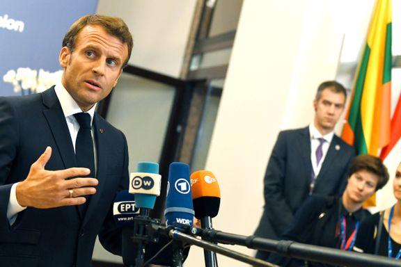 Rasende Macron dro hjem, men i dag gjør han og EU-toppene et nytt forsøk på å bli enige