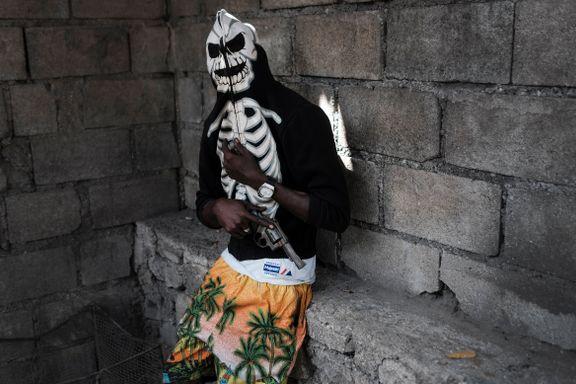 Aftenposten mener: Haiti må stole på seg selv