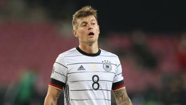 Spania gikk på overraskende tap. Tyskland snublet.