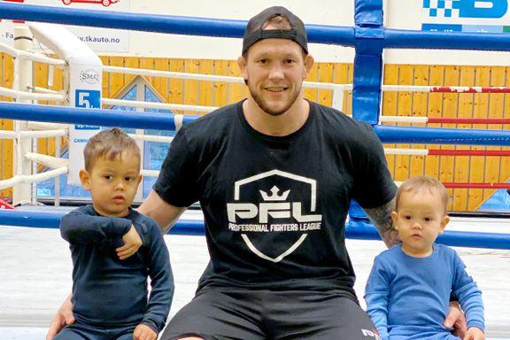 MMA-utøveren fikk ultimatum: Reise fra barna i ti uker – eller miste jobben
