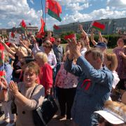 Titusener demonstrerte mot Hviterusslands president