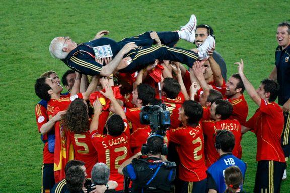 Aragonés - mannen som samlet fotball-Spania