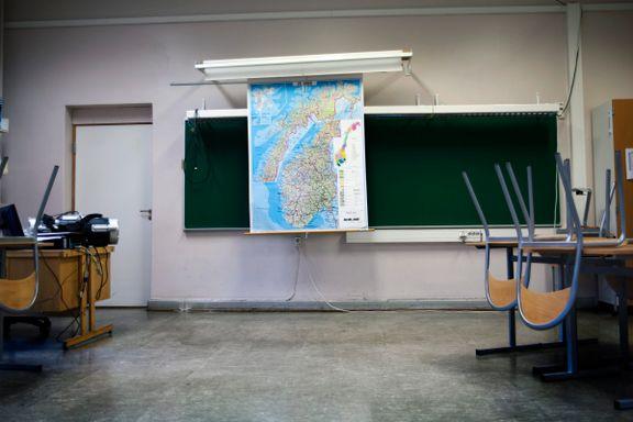Då eg vart lektor, var det med ein bismak. Skal eg vera fagperson eller lærar?