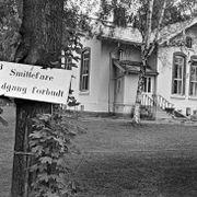 Norsk student utløste smittealarm. Frykten bredte seg slik at myndighetene måtte mane til ro.