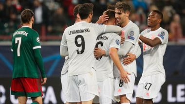 Kimmich-volley reddet Bayern i Moskva