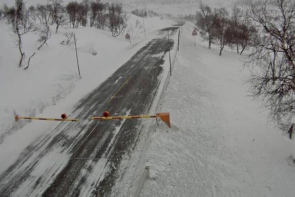 Hardangervidda stengt for personbiler