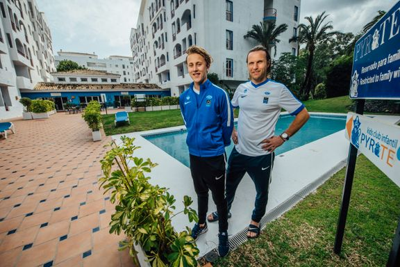 Tobias (16) har en levende Molde-legende som far og trener. Det er ikke bare lett.
