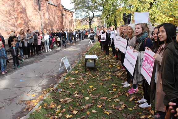 Aftenposten mener: Barneekteskap bør forbys i Norge
