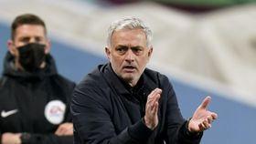 Mourinho overtar Roma