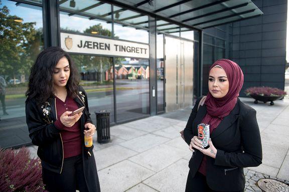 Mann tiltalt etter epost til dommer i hijab-saken