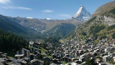 Norske hyttekommuner gjør noe riktig og ganske mye feil. Vi bør lære av småbyene i Alpene.