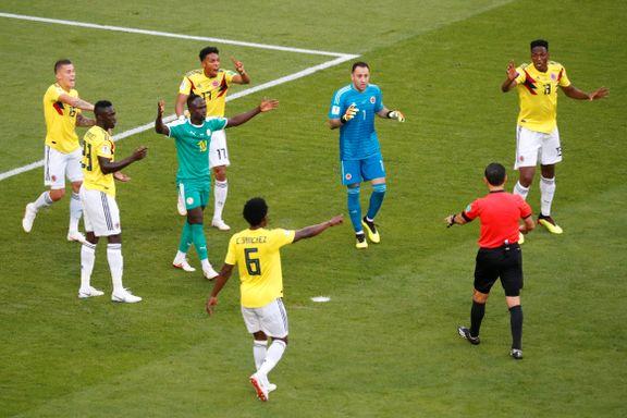 Først ble de fratatt straffespark. Så røk Senegal ut av VM på gule kort.