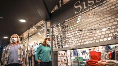 Kjøpesentrene i Oslo åpner igjen: – Hoppende glad!