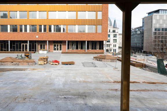 Her har barna langt mindre plass enn anbefalt. Oslo bygger for små skolegårder.