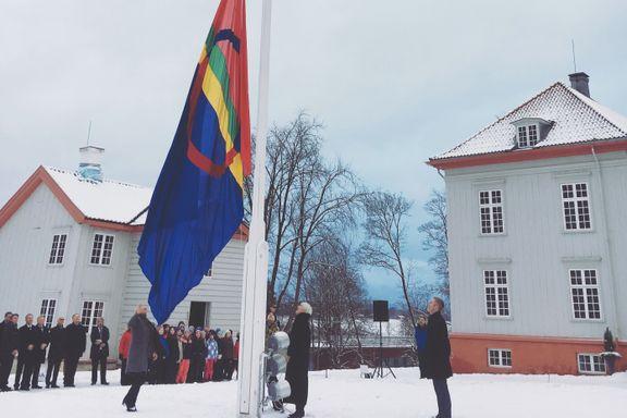 Her heises sameflagget på Eidsvoll for første gang i historien