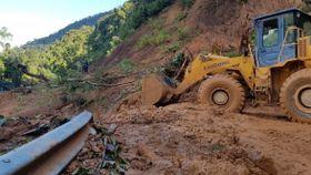 Mange døde etter jordskred i Vietnam