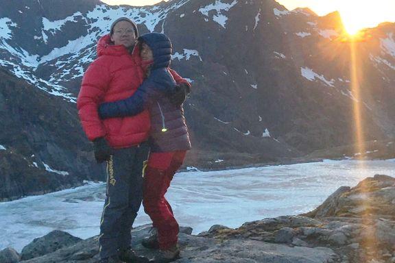 Rikke og Richard ble værfaste en kald natt på fjellet. Det gjorde dem til kjærester.