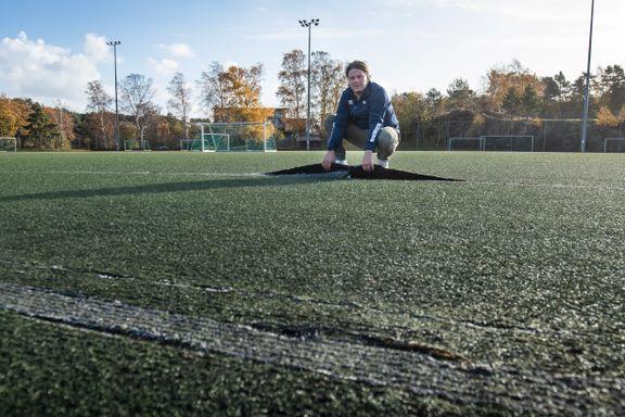 Kristiansand stadion slaktes av NFF: Vurderer å stenge banen for all aktivitet