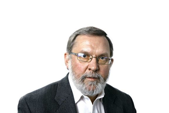 Det tok ikke lang tid før de to regjeringspartiene var tilgitt av velgerne, skriver Harald Stanghelle.
