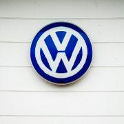 Dieselskandalen har kostet Volkswagen 263 milliarder kroner. Nå setter selskapet av nesten ti milliarder til.