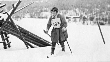 Hun var første kvinne som gikk Vasaloppet. Nesten 60 år gikk før neste kvinne fikk delta.