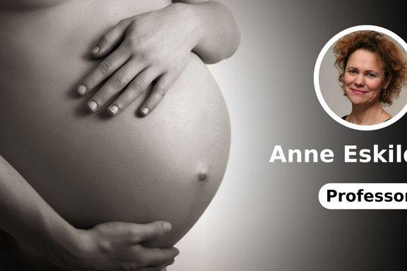 Hjemmearbeid stigmatiseres. Mors rettigheter er borte. Hvem vil påta seg å føde barn?