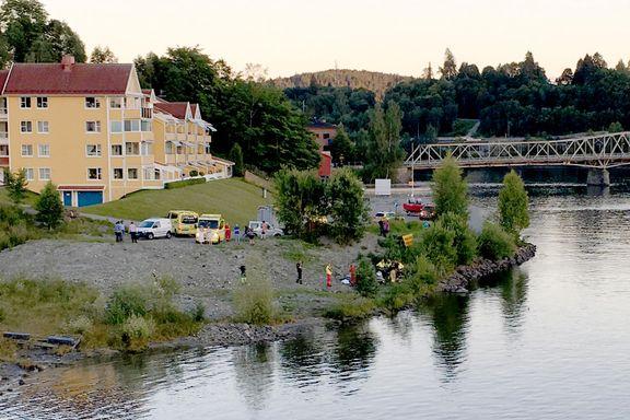 Båt har kjørt på land ved Eidsvoll
