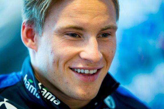 Svensson på tribunen da Friday scoret to i Alkmaar-tap